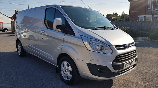 2017 '17' Ford Custom 290 L2 LWB Limited 130 BHP