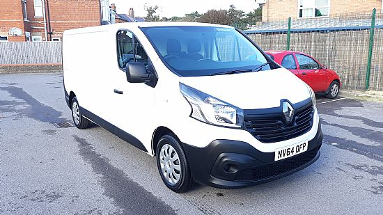 used vehicle 2014 '64' Renault Trafic LWB Air Con and Sat Nav 115bhp